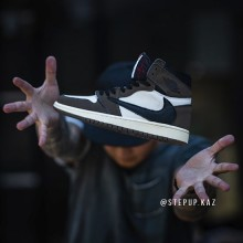 "Jordan 1 Retro High OG Travis Scott ""Cactus Jack"""