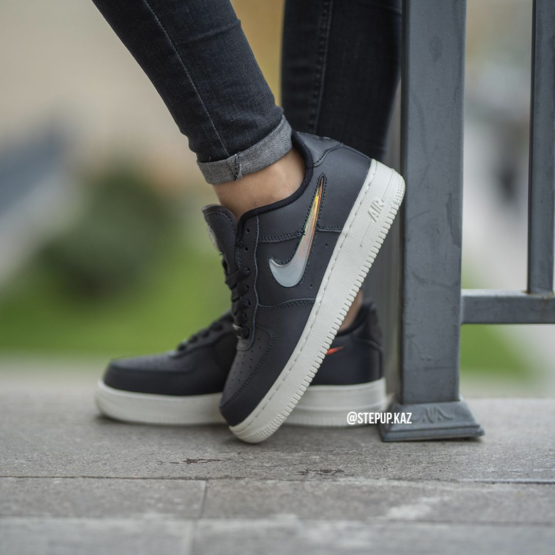 """Air Force 1 Low """"Black White"""""""