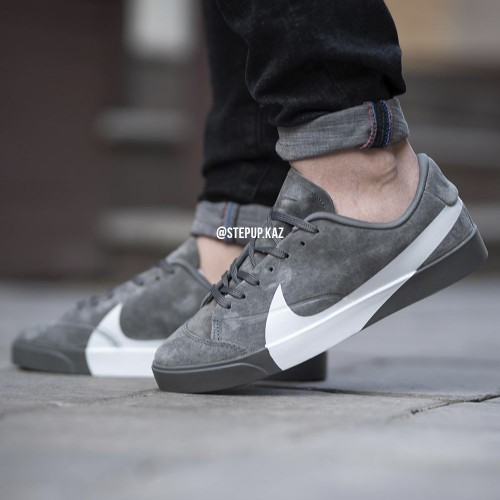 classic fit aedd7 9a2d0 Nike Blazer City Low XS