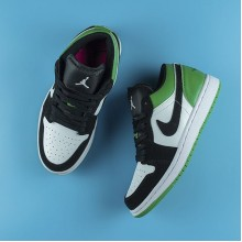 "Jordan 1 Low ""Mystic Green"" (W)"