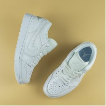 "Jordan 1 Low ""Triple White"" (2019) (W)"