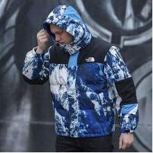 "Supreme x The North Face ""Mountain Baltoro"""