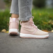 "Nike Lunar Force 1 Duckboot'17 ""Particle Pink"" (W)"
