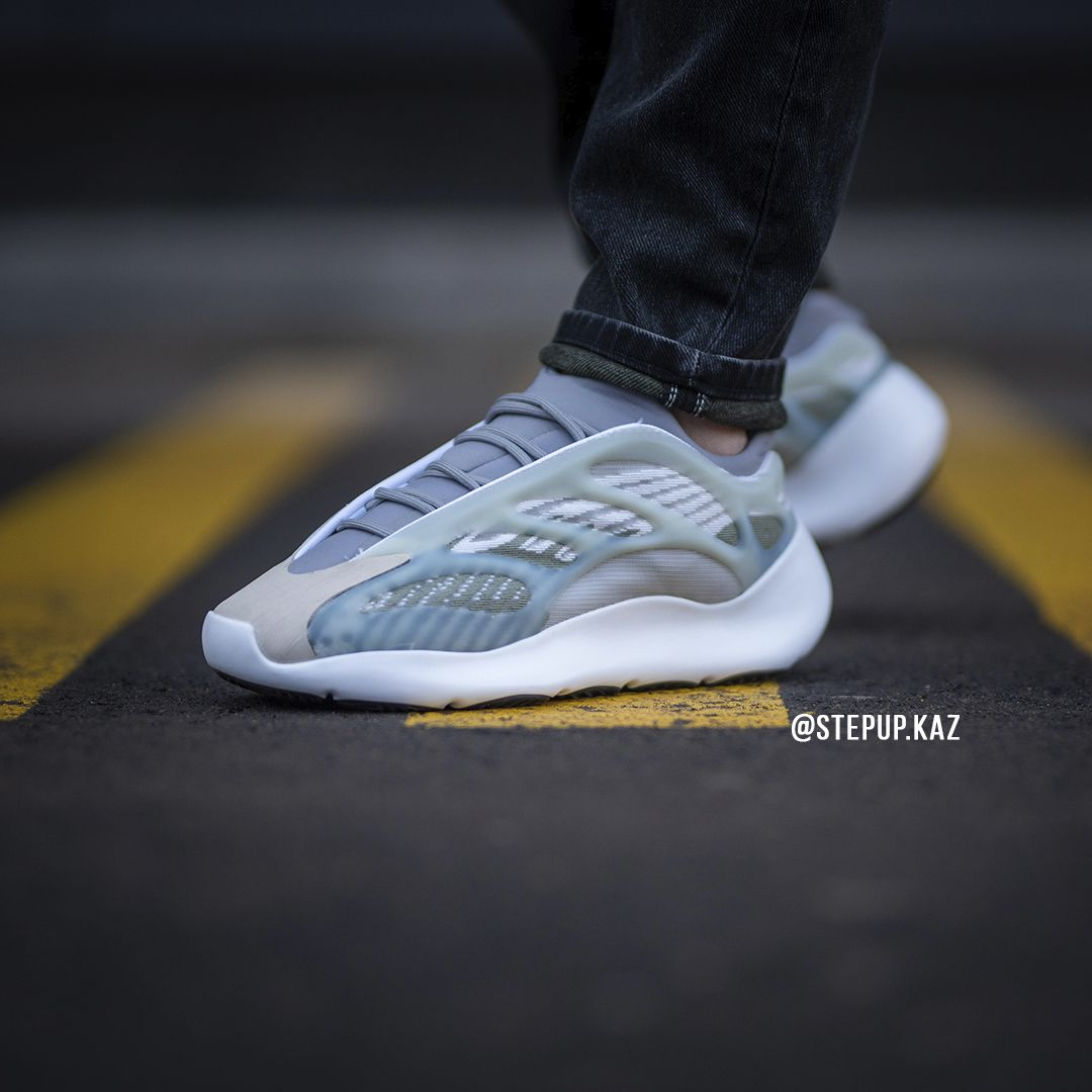 Yeezy 700 V3 Sample Colorway